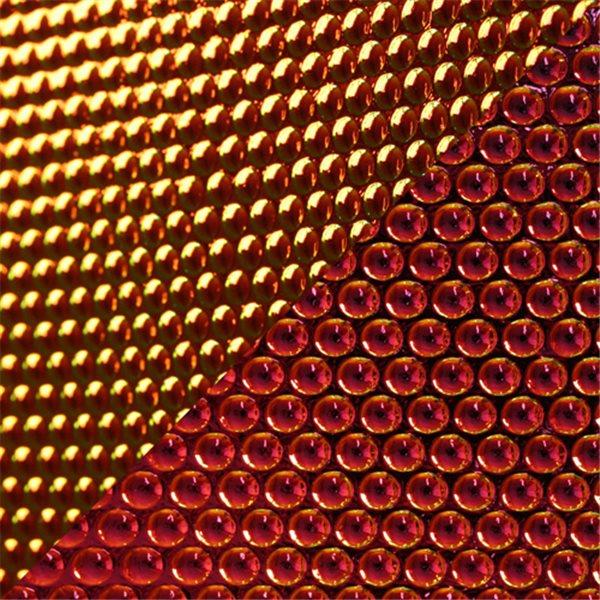 Dichroic - Clear/Red - Radium - Auf Schwarz - 3mm